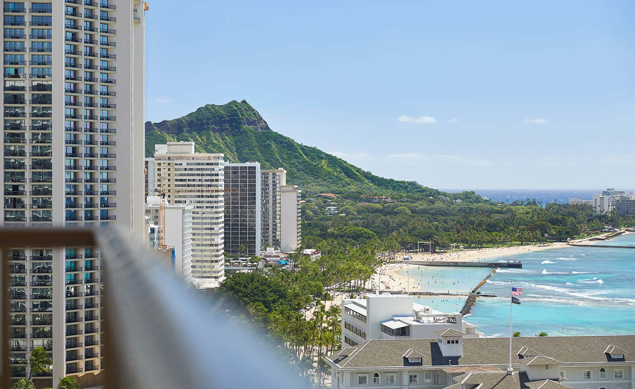 Oahu Hotels Hawaii Reservations And Honolulu Accommodations Waikiki Beachcomber By Outrigger