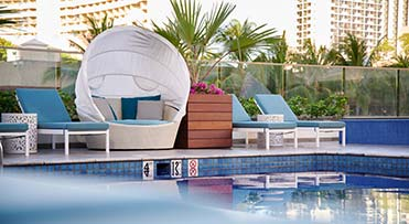 Pool - Waikiki Beachcomber by Outrigger