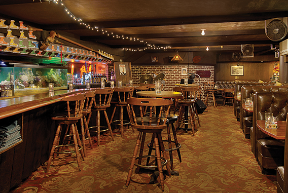 Chuck's Cellar | OHANA Waikiki East by Outrigger