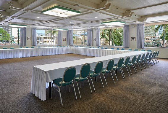 Lobby Meeting Room | OHANA Waikiki East