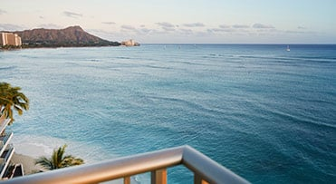 1 Bedroom Oceanfront Suite | Outrigger Reef Waikiki Beach Resort
